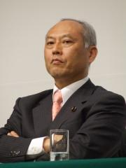 """舛添都知事 """"給与全額返上""""発言に議会からは失笑"""