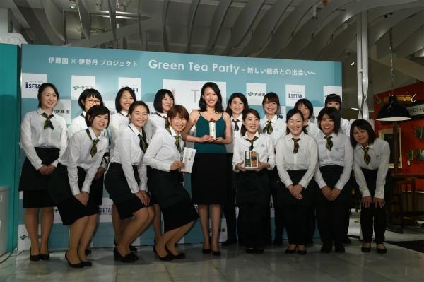 中谷美紀 緑茶の新しい飲み方を体験