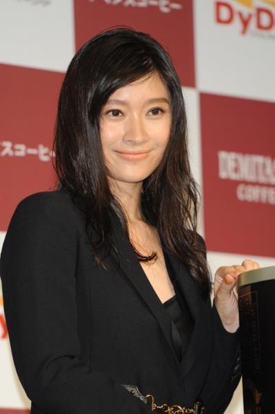落ち目のフジテレビからもお呼びがかからなくなりそうな篠原涼子