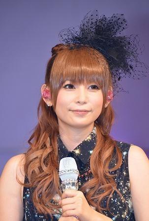 中川翔子の愛猫「マミタス」急死 太り過ぎを指摘する声も