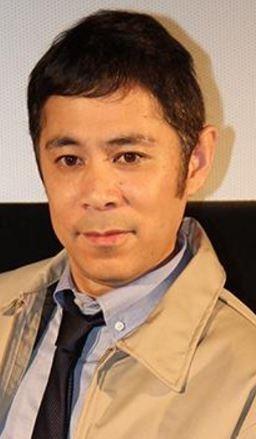 カジュアルな岡村隆史さん