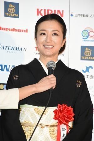 """交際8年、長谷川博己と鈴木京香に結婚報道…既に""""調整に入っている""""?"""