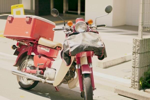土日は郵便が届かなくなる? 日本郵便のサービス低下に「民営化は間違いだった」の声