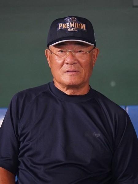 張本勲氏、FA宣言の丸佳浩選手に「巨人に来てほしい」 広島やロッテのファンは大ブーイング