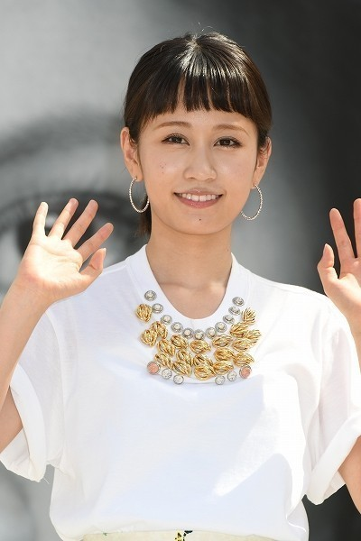 """『一緒に発表してほしかった』前田敦子妊娠発表、ファンに動揺 """"フライングゲット婚""""の声も"""