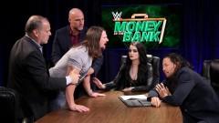 WWEマネー・イン・ザ・バンクのタイトル挑戦を前に、中邑は優位!アスカは暗雲!