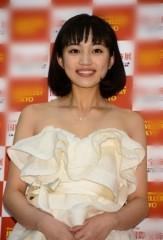 川口春奈、女優として見なくなったワケは…SNS炎上以外にも?
