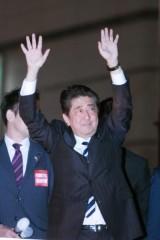 安倍首相4選へ 前原誠司元代表ら旧民主党幹部「自民入り」浮上