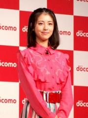 要注目美少女・浜辺美波、同世代女優から抜きん出るか 実は本名で話題