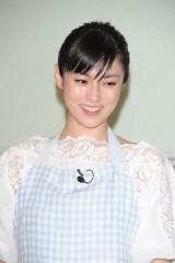 深田恭子 Fカップ乳の乳首ポロリ 奇跡の写真集撮影