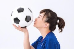 女子サッカーなでしこ高倉監督が大博打「飲む・打つ・買う」で波乱演出!