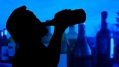27歳高校職員が生徒と飲酒、飲酒運転で事故 「教育する側なのに未熟」怒りの声殺到