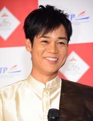 ネプチューン名倉潤が「よりタイ人らしくなりたい」と笑顔