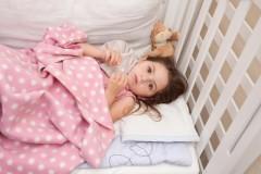 インフルエンザが原因?敗血症になった女児、両手足を切断「誤診だ」と医師を非難する声も