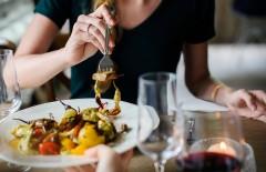 食事を奢ってもらえず男性殺害 女と男性の関係が衝撃的で「怖すぎる」の声