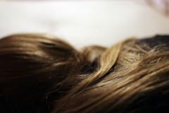 本当にあった怖い彼氏〜恋人の部屋に尋常でない量の髪の毛が…〜