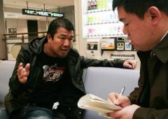 ボクシング タイから帰国した亀田史郎社長を成田空港で独占直撃