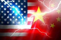米中貿易戦争は「レアアース争奪戦」の様相に