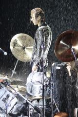 YOSHIKI ドラミング中の降雨演出に「あんなに降るとは思わなかった」