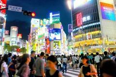 """渋谷区、""""ハロウィーンの飲酒禁止条例""""を導入の方針 賛同意見が多い中、反対の声を上げる人も"""