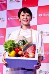 白石美帆、第2子妊娠中でお腹ふっくら 家では夫・V6長野博ら家族一緒の食事を心がける