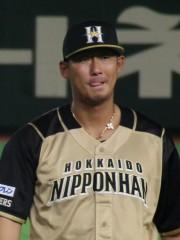 「全裸で踊る」「ファンを告発」 プロ野球選手のSNS利用がエスカレート?