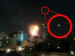 目撃多数! 花火大会になぜUFOは現れやすいのか?