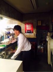 劇団EXILE・鈴木伸之、『あなたのことはそれほど』劇中のスナックに潜入