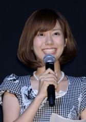 浮気についても「言ってやってください」 山崎アナ、どこまでも健気におばたを支える
