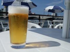 飲みすぎ注意! ビールの栄養効果と人体に及ぼす影響