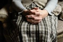 13歳の少年が83歳の老女を性的暴行、その後… 鬼畜の所業に「死刑にすべき」と怒りの声殺到