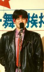 【帰ってきたアイドル親衛隊】役者やってる吉川晃司も嫌いではないが、やはりステージで暴れている姿が一番だ