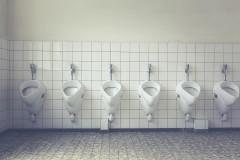 """中学生が市に改善を要求した""""セクハラ""""トイレとは? 同様のトイレに悩まされたという声も"""