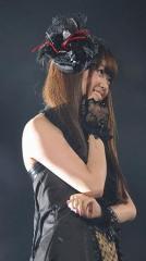 元AKB48 米沢瑠美が所属事務所と契約終了 ブログも閉鎖へ