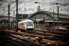 """電車が遅れてもイライラしない、ヨーロッパ人に学ぶ""""ストレスを生まない方法"""""""
