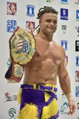 新日本プロレス、日米でシリーズ同時開催に成功!アメリカ侵攻へAEWとの関係は?