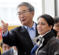 石原知事がIOC評価委にグルメ都市TOKYOを猛烈アピール