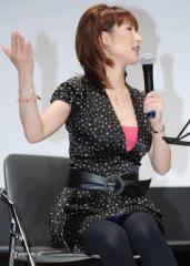NHK沖縄の女子アナが「巨乳すぎて放送事故寸前」とネット上で騒然!
