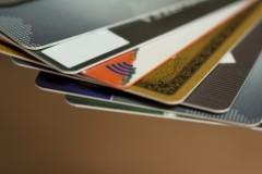 市役所職員のありえない行動に怒りの声 故人のクレジットカードを200万円分使用か