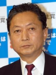 """鳩山由紀夫、北海道地震を""""人災""""と発信で物議 「事実無根の持論で国民の不安を煽る」と批判の声"""