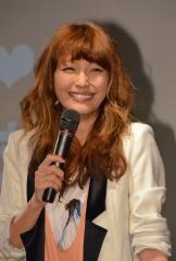 妊娠を発表した木下優樹菜が「ファンキーなママになりたいです」と笑顔!