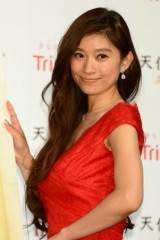 篠原涼子に離婚問題が浮上 24歳差の略奪婚もついに限界か…?