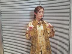 "AKB48渡辺麻友 ""尾木太郎""がジワリ話題「似合ってる」「男前」「素敵」"