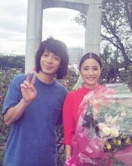 「野島伸司の手のひらの上で転がされていた」峯田和伸、ドラマ『高嶺の花』撮影終了で感無量