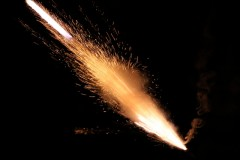 ロケット花火が口の中で爆発、56歳の女性が即死 「想像するだけで恐ろしい」と恐怖の悲鳴殺到も物議に?