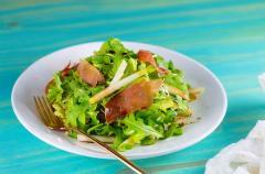 季節の変わり目には洋ナシを! 喉の炎症を和らげる「生ハムと洋ナシのサラダ」