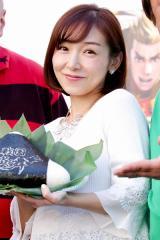 加護亜依、第2子出産は来春 新婚生活のノロケも披露