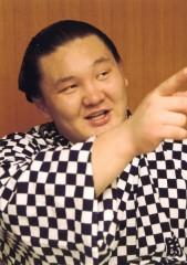 """横綱・白鵬「平成と共に去りぬ」""""引退""""が囁かれる右腕負傷の重篤さ"""