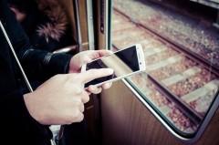 現代人は通勤・通学のスキマ時間をどう活用している? 変化するSNS利用への意識