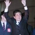 安倍自民「参院選」大逆風 老後2000万円不足問題…